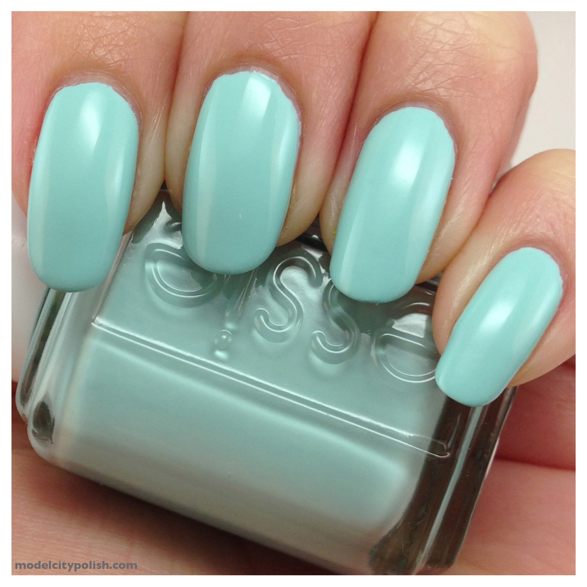Mint Candy Apple 1
