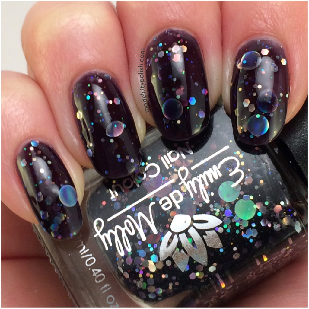 Emily de Molly Dark Forces – #31DC2014 Day 19 Galaxy Nails