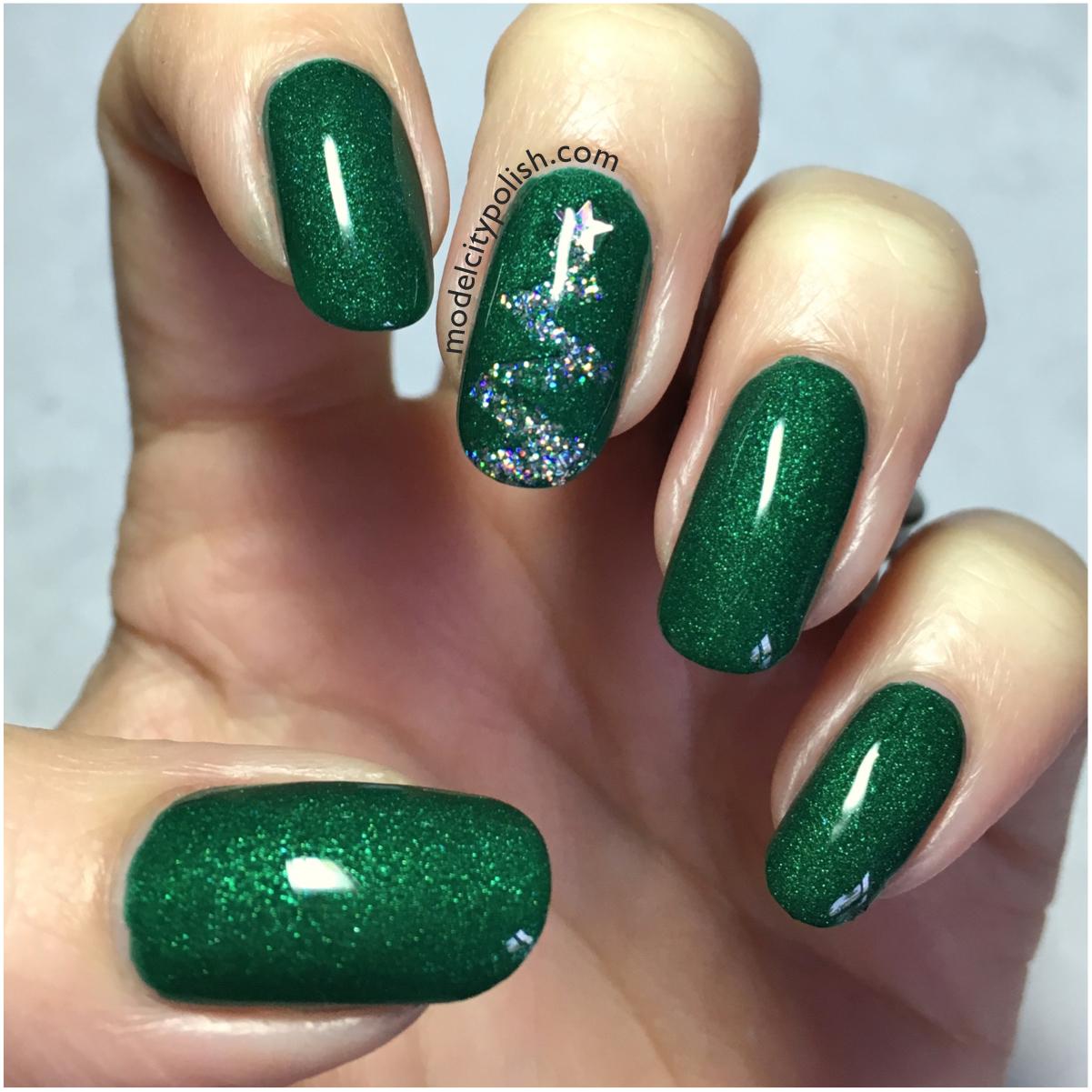 Christmas Tree Nails Design: Challenge Your Nail Art