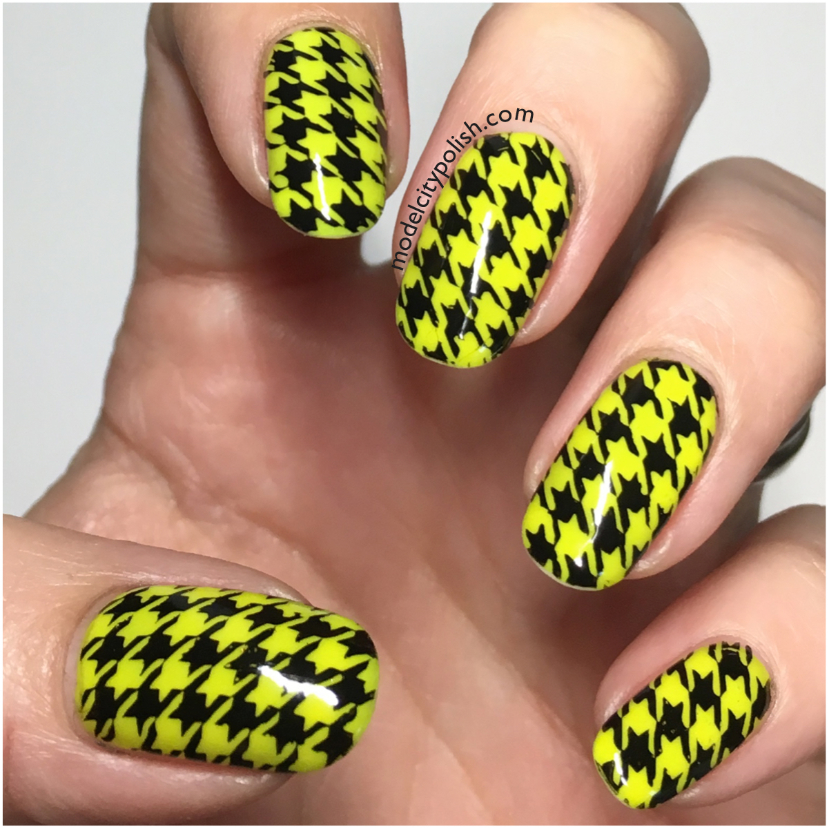 Houndstooth 3