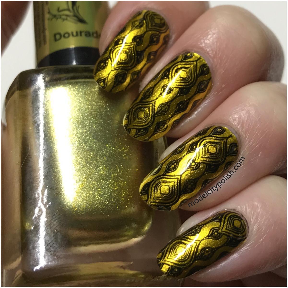 gold-nails-4